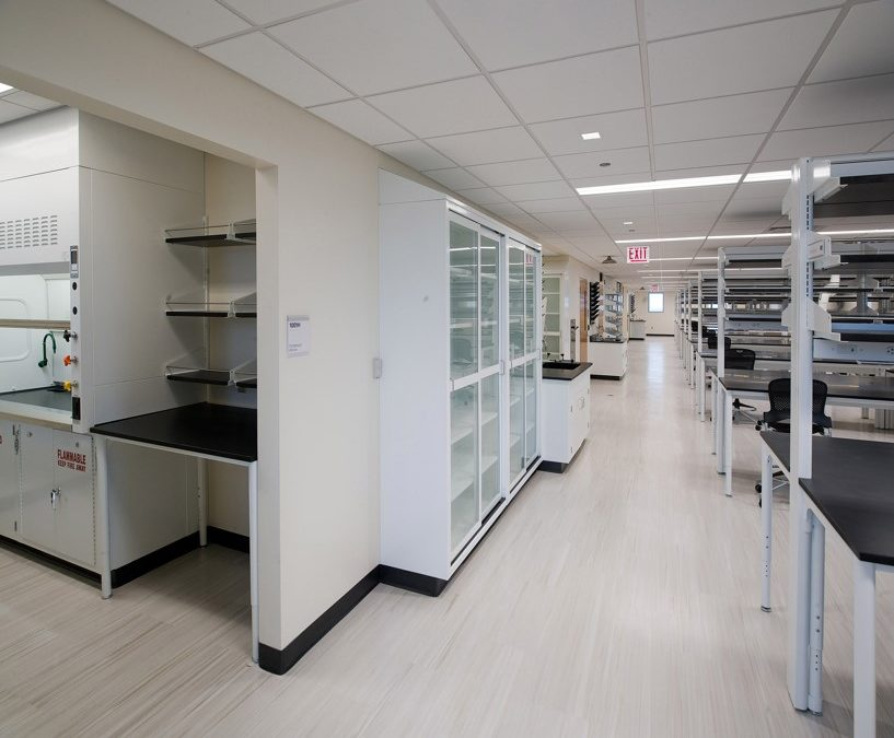 The University of Chicago Medicine & Biological Sciences Cummings 10th Floor Lab Renovation